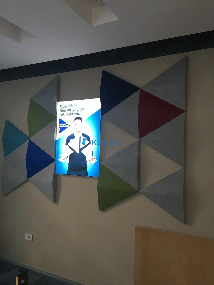 turk-telekom-ofis-akustik-3d-paneller-ses-yalitimli-ozel-akustik-kumas-kapli-panel6