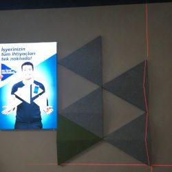turk-telekom-ofis-akustik-3d-paneller-ses-yalitimli-ozel-akustik-kumas-kapli-panel3
